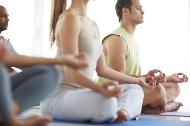 Meditation+class+istock_mid